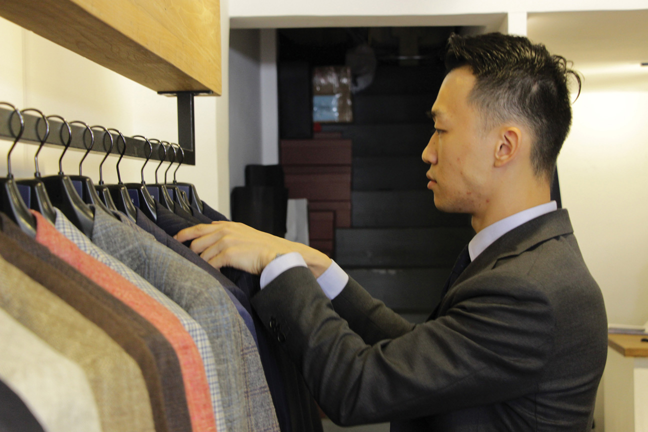 Sartor Lab offers a wide range of tailor-made suits