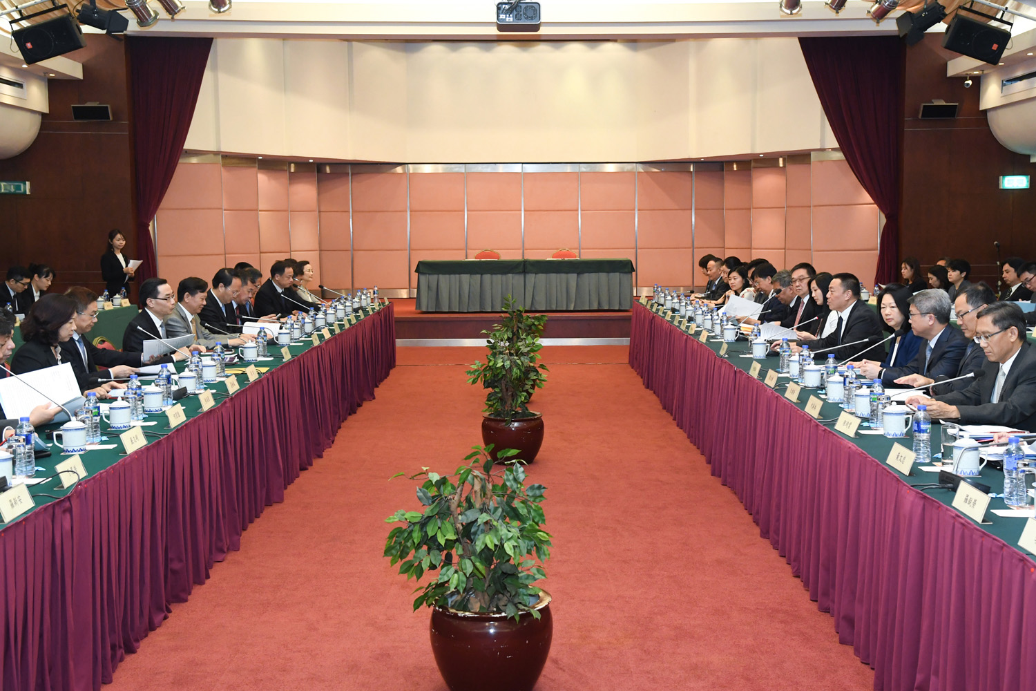 The Zhuhai-Macao Co-operation Conference 2017 held in Macao